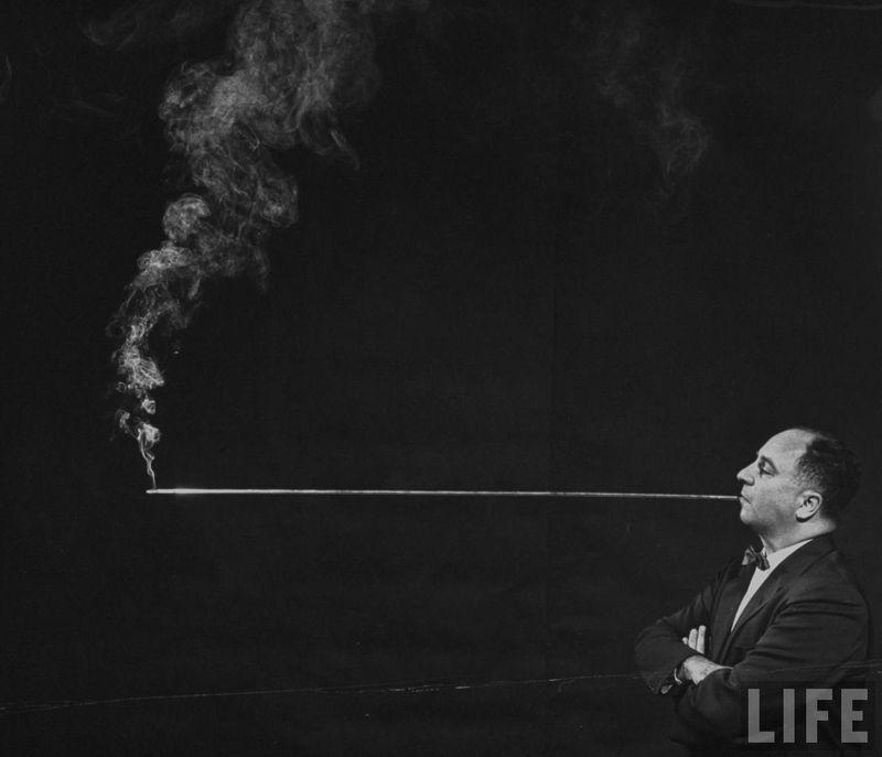 Fumeur pipe (C) LIFE