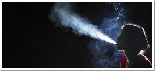 Fumeuse © Frank and Helena-cultura-Corbis